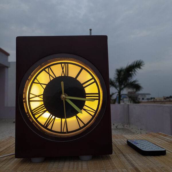 Personalized clock photo lamp