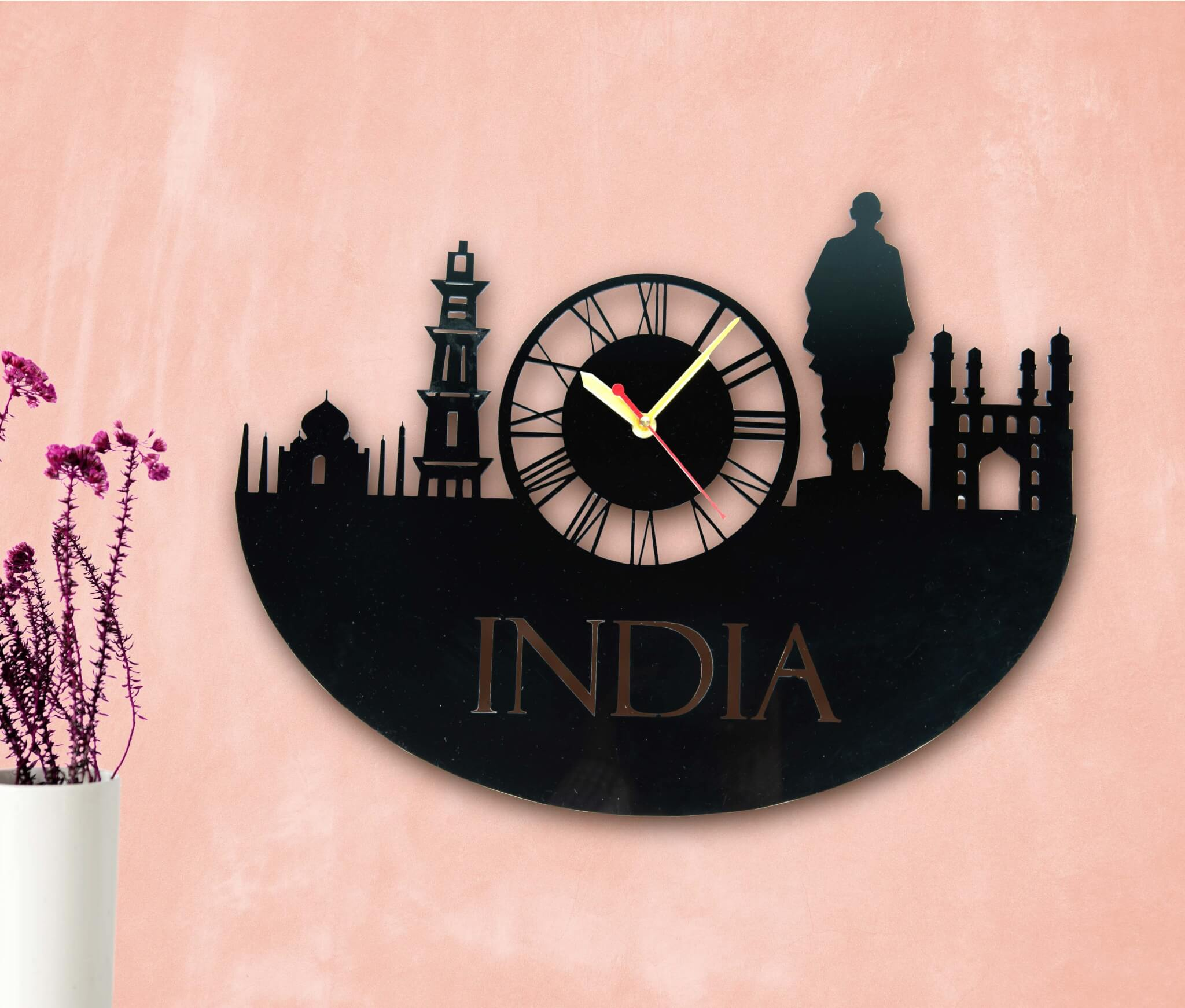 Wall clock featuring monuments of India for home decor