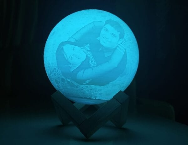 Photo moon lamp with blue light