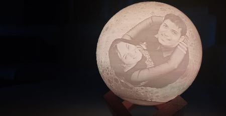 Photo moon lamp - The best personalized gift ever?