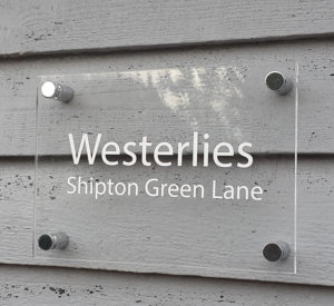 Engraved name plates in acrylic